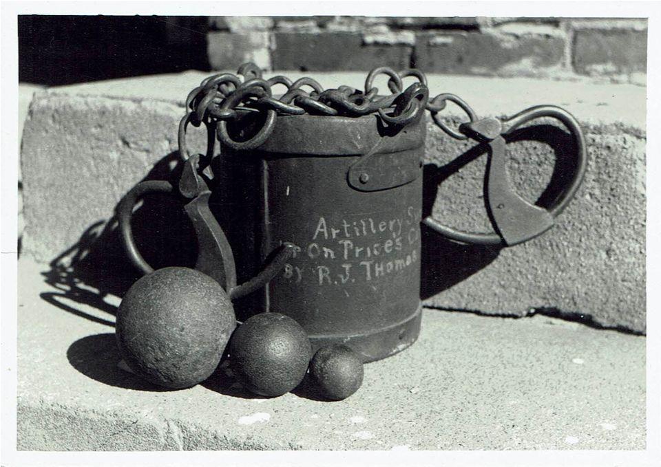 Bushwhacker museum artillery